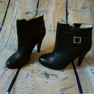 "NWOT Matiko 4.5"" Leather Ankle Boots"